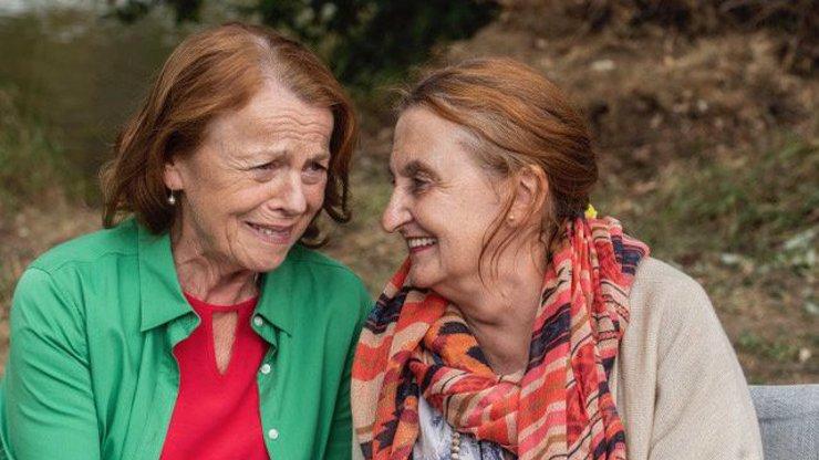 Dojatá Eva Holubová o Ivě Janžurové: Měla jsem pocit, že bych ji měla chránit