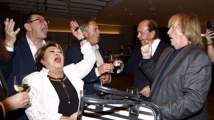 Bujará oslava narozenin Františka Janečka obrazem: Hned několik překvapení večera