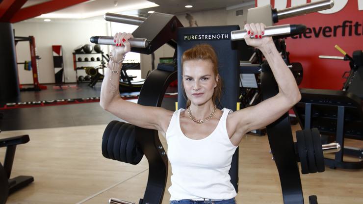 Iva Pazderková o hubnutí: Nebojte se zvedat váhy a nevěřte rychlým receptům
