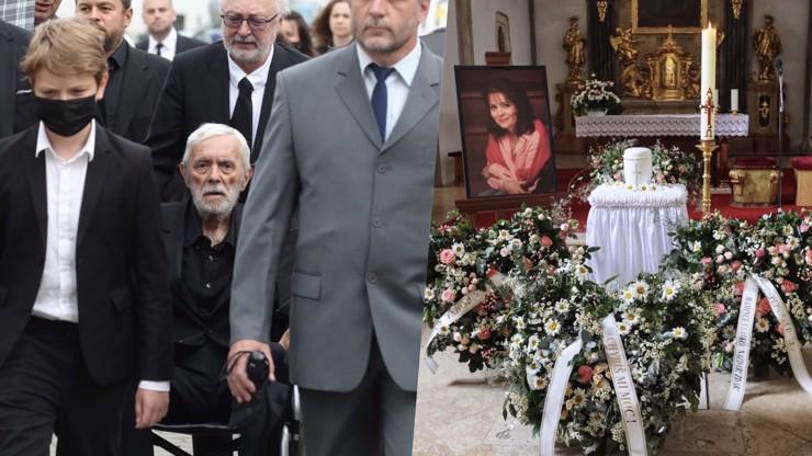 Pohřeb Libuše Šafránkové OBRAZEM: Dojemné vzkazy, záplava květin a bílá urna