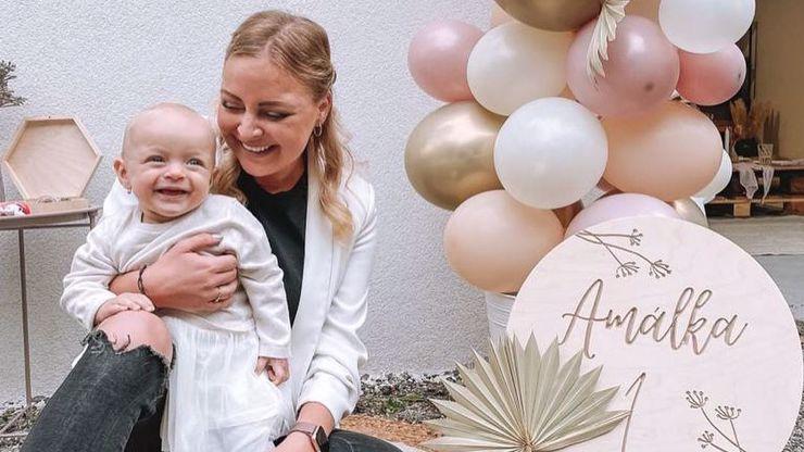 Dcera Markéty Konvičkové oslavila rok: Na narozeniny dorazila i slavná zpěvačka