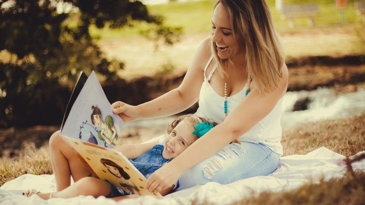 Den matek je za dveřmi: Z jakých tradic vychází a kdy se slaví