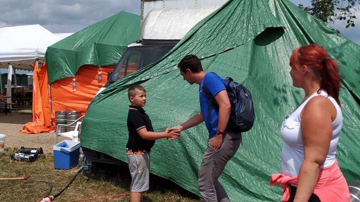 Měsíc po tornádu: Malý Kuba (8) denně pomáhá,  inspiroval i další děti