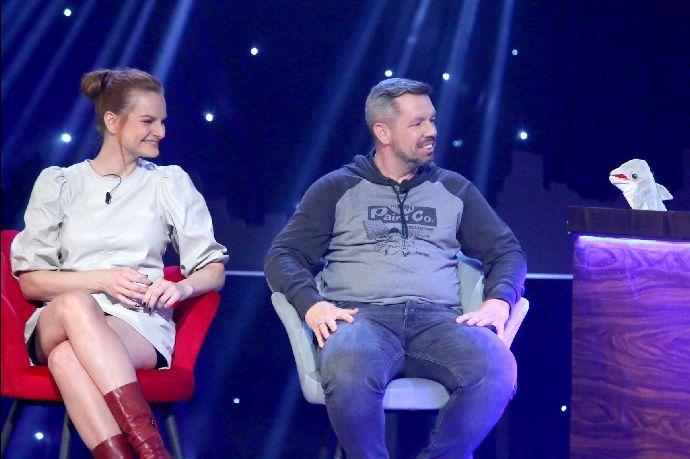 Iva Pazderková a Pavel Horváth hosty NEČUM NA MĚ SHOW: Nekorektní humor a ztráta důstojnosti