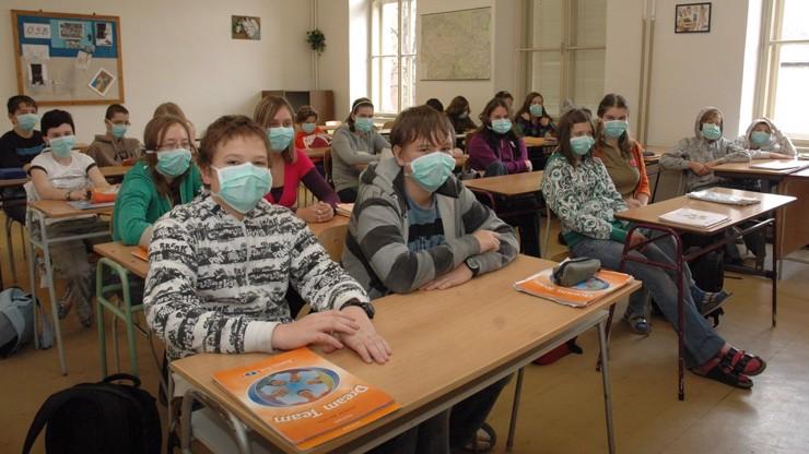Pravidla pro návrat dětí a učitelů do škol! Ministerstvo prozradilo, jak to bude vypadat