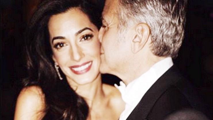Bude George Clooney v šedesáti opět otcem? Jeho Amal prý čeká dvojčata!