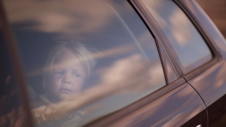 Strašlivá tragédie: Chlapeček (†5) zemřel v rozpáleném autě, táta ho tam zapomněl