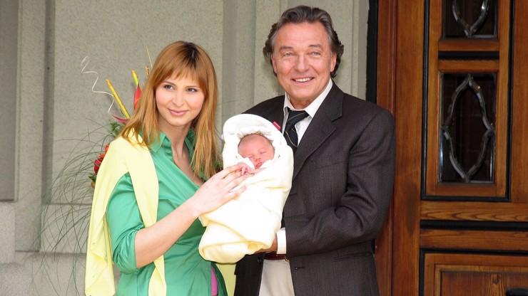 Charlotte se narodila 30. dubna roku 2006.