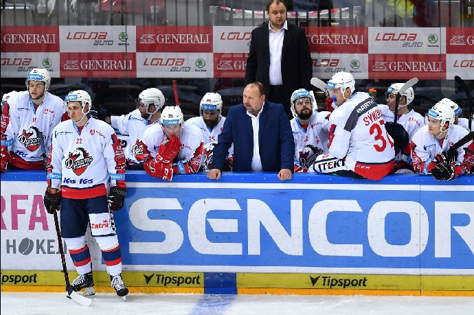 Ladislav Lubina trénoval hokejové Pardubice.