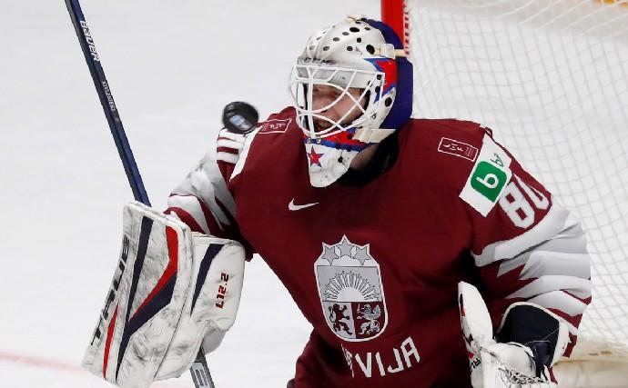 Hokejová tragédie: Zemřel Matiss Kivlenieks, brankáři bylo jen 24 let