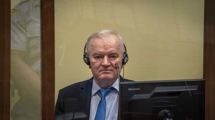 Spravedlnost za genocidu ve Srebrenici: Generál Ratko Mladič už z vězení nevyleze
