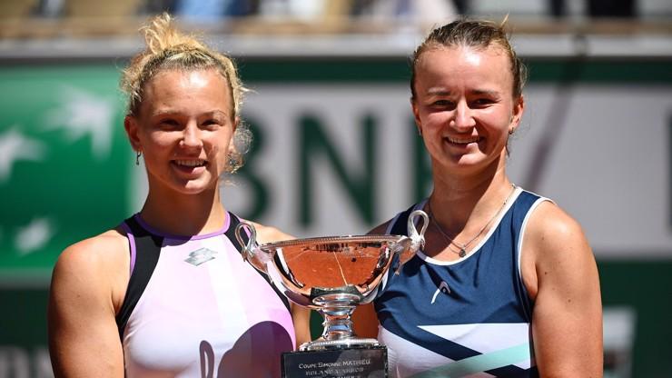 Barbora Krejčíková přepsala historii: Tenis má po 21 letech dvojitou královnu