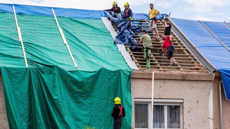Další rána pro tornádem smetenou Moravu: Sotva něco opravili, zničily jim to bouřky