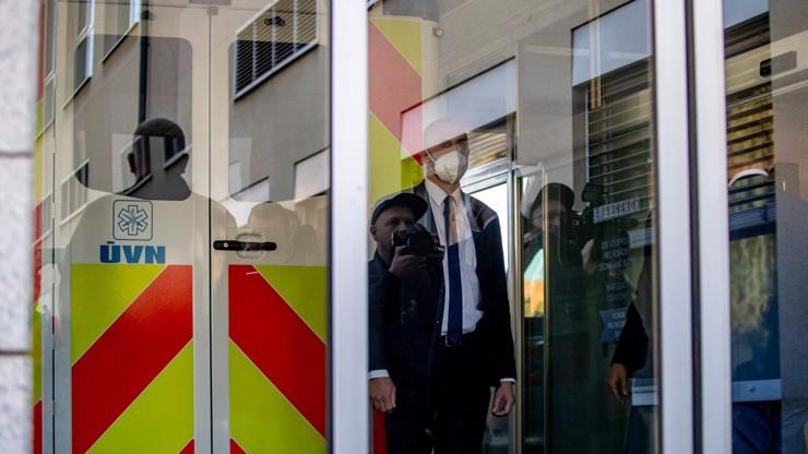 Prezident Zeman je znovu v nemocnici: Přispěchaly za ním první dáma i dcera Kateřina
