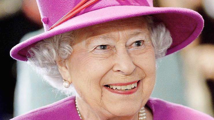 Se smutkem píši: Británie se připravuje na smrt královny Alžběty, obřady potrvají 10 dní