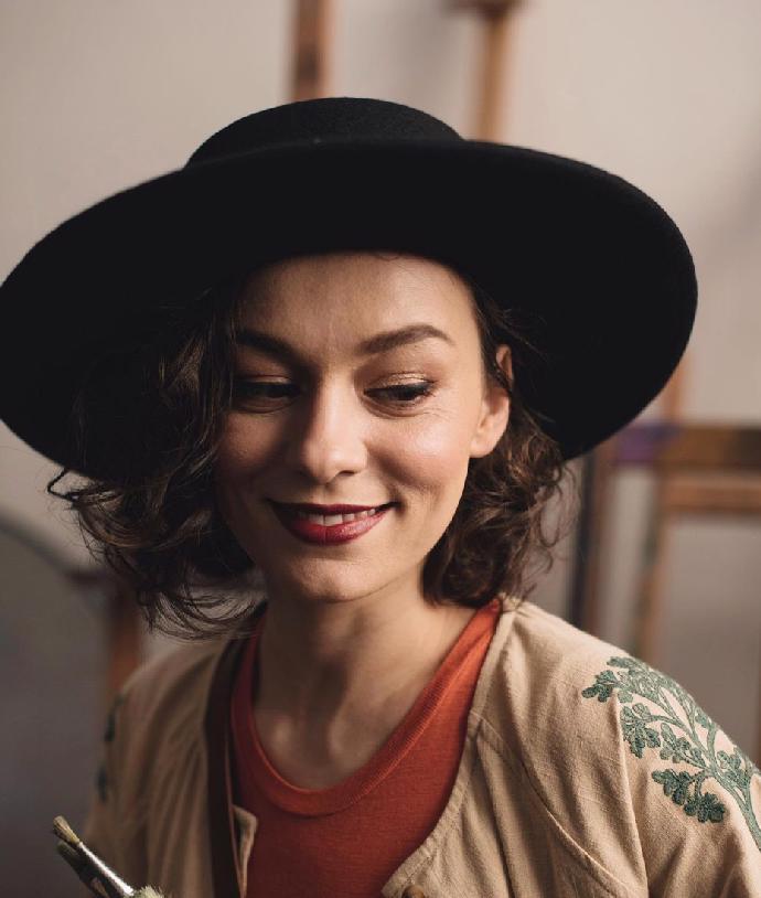 Přitažlivá herečka Beáta Kaňoková září v seriálu Pan profesor. Propojuje ji neuvěřitelné pouto s babičkou