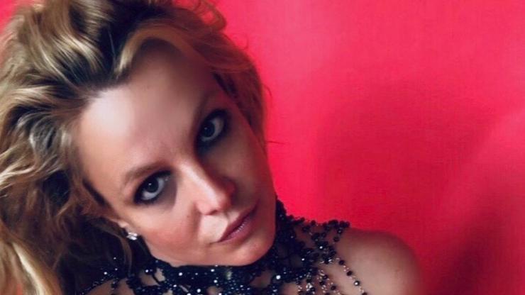 Britney Spears (39) ukázala nahá prsa: Bojuje tím proti despotickému otci