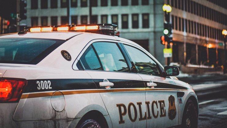 Děsivá střelba v depu kurýrní služby: Šílený útočník zabil osm lidí, pak i sebe