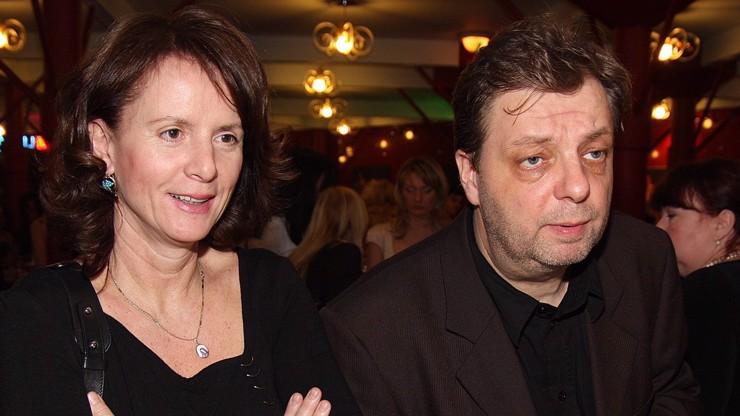 Poleptaný úd a trestní oznámení na vlastní dítě: Šteindlerova exmanželka vzpomíná na českou válku Roseových